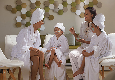Unlimited vacation club for Mother and daughter spa weekend